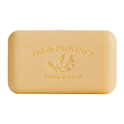 A Pre de Provence soap bar, this time fragranced with sandalwood.
